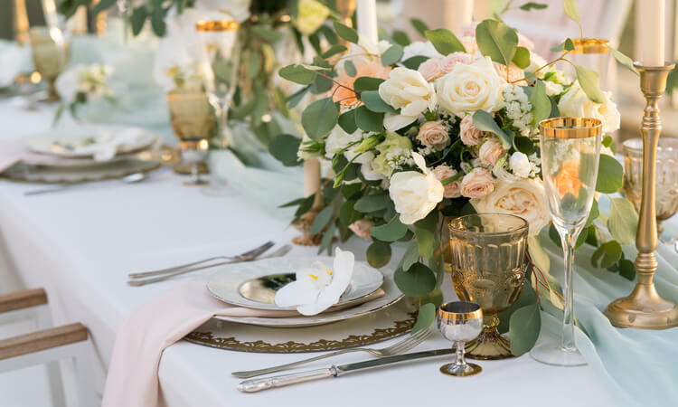 How To Save Money On Wedding Flowers – 5 Easy Ways