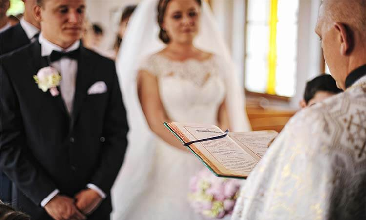 How Long Is A Wedding Ceremony In A Church?