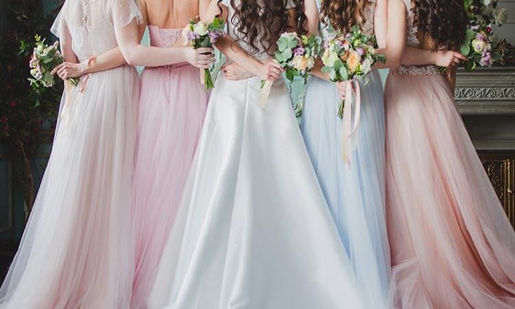How Many Bridesmaids Are In A Wedding