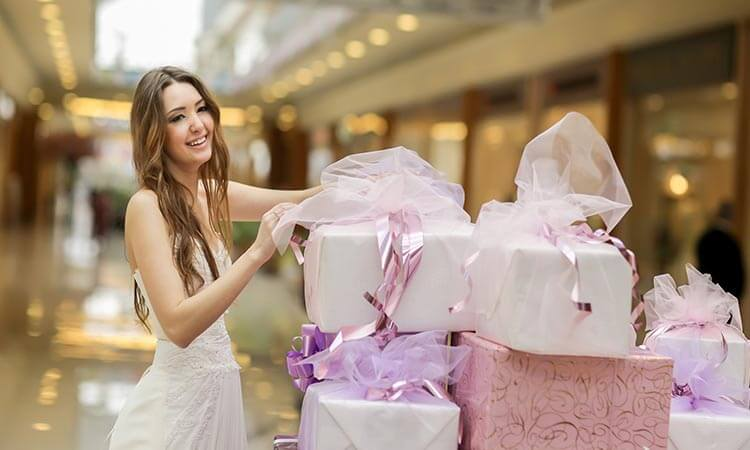 How Much Do You Give For A Wedding Gift?