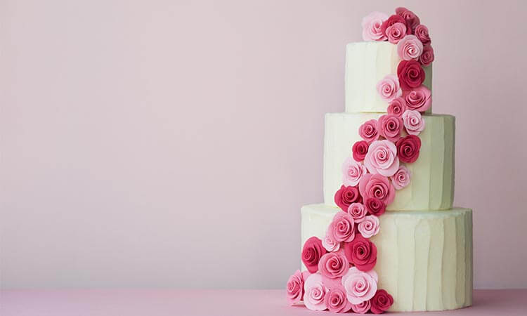 How Much Does A Wedding Cake Cost? - Pricing Guide