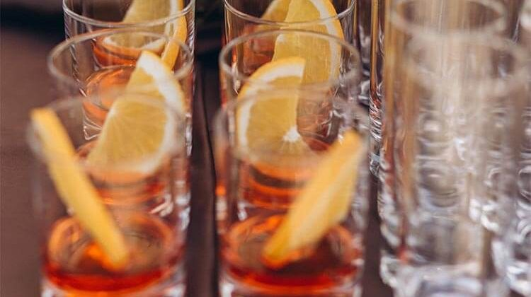 How Much Is An Open Bar At A Wedding Reception?