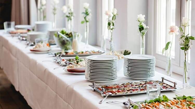 How Much Is Catering For A Wedding?