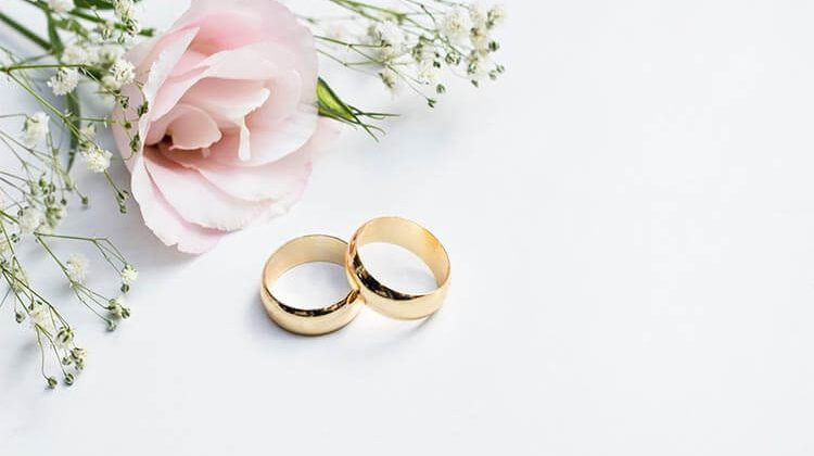 How Much Should I Spend On A Wedding Ring?