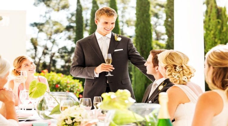 How To Give A Toast At A Wedding: Ways To Win The Crowd