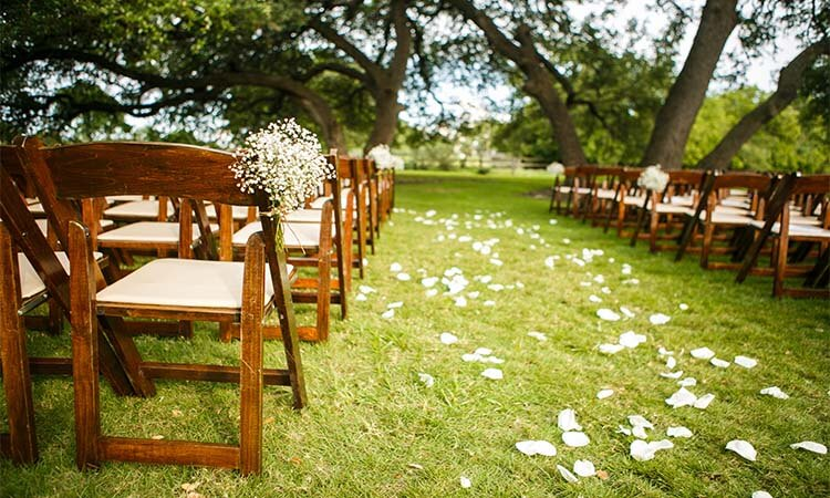 How To Start A Wedding Venue: A Quick Guide