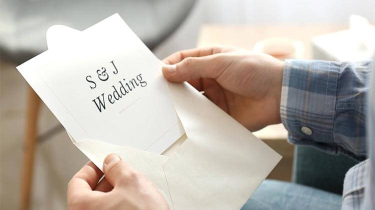 How-To-Stuff-Wedding-Invitations-To-Make-That-Perfect-Invite
