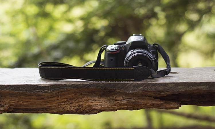 The 7 Best Camera Straps For Wedding Photographers
