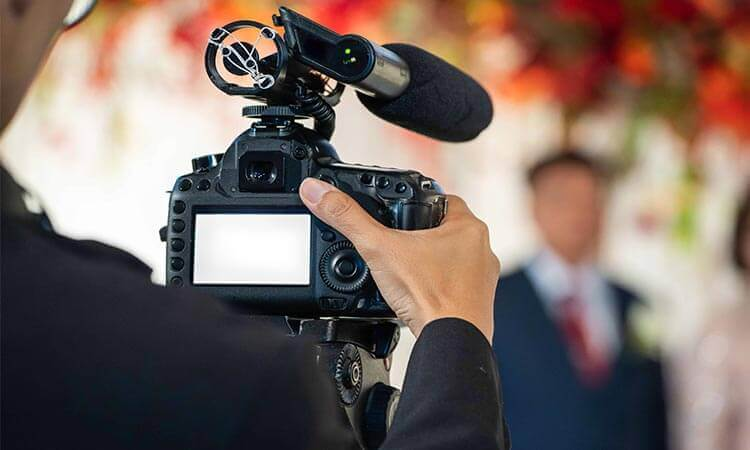 The 7 Best Video Cameras For Weddings
