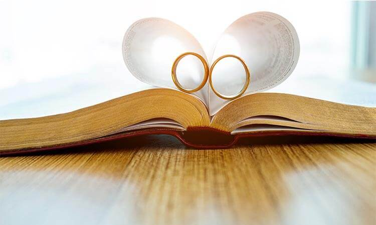 The 7 Best Wedding Book Printers: A Buying Guide