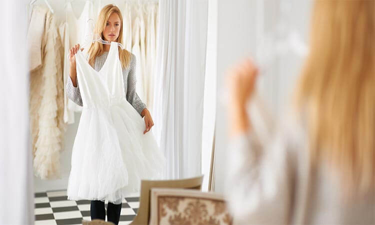 The 7 Best Wedding Dress Styles For Plus Size
