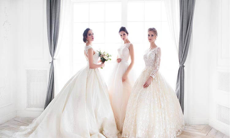 The 7 Best Wedding Dresses For Body Types