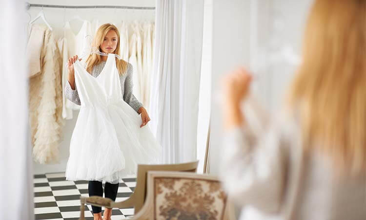 The 7 Best Wedding Dresses For Maids